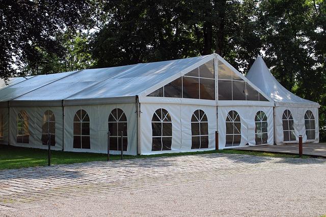 אוהלי לייקרה