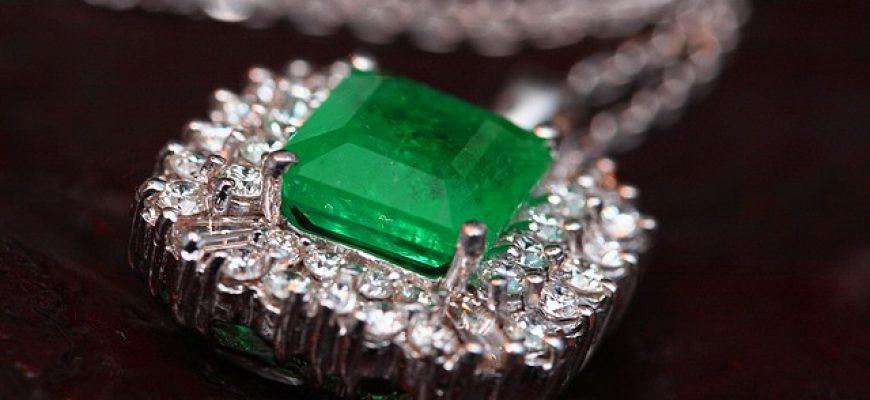 תכשיטים מעוצבים לאישה – תמיד מתנה יפה