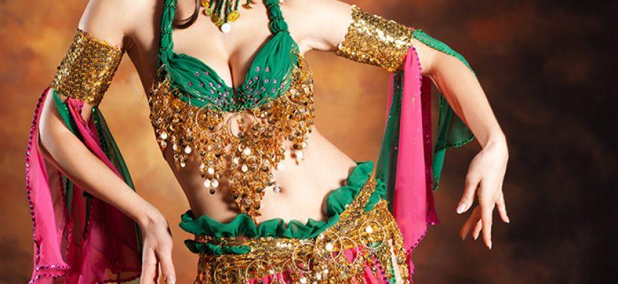 רקדנית בטן לחתונה
