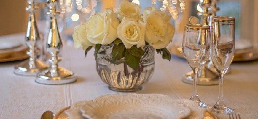 מה חשוב לדעת על חתונה או אירוע בתוך גן אירועים בשרון?